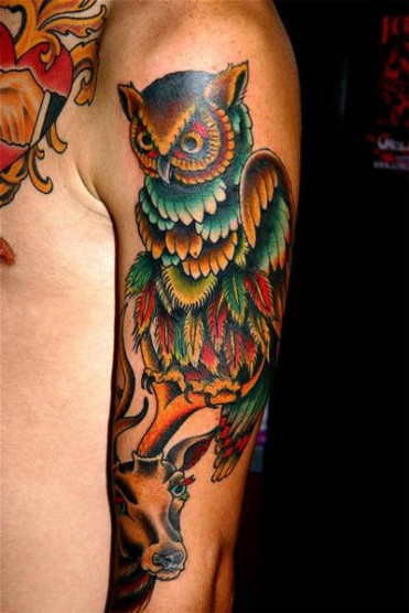 This-tattoo-design-depicts-two-spiritual-animal-totems-an-owl-and-a-reindeer